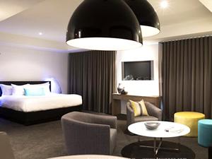 墨尔本科莫酒店